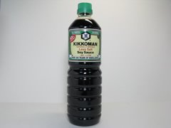 Kikkoman natürlich gebraute Sojasauce 43% weniger Salz Japan 1L Flasche - 1